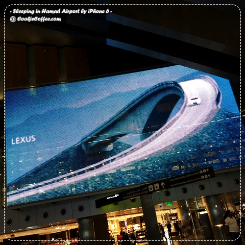 sleeping-in-hamad-airport-qatar-doha-review-iphone-6-plus-usa-lexus