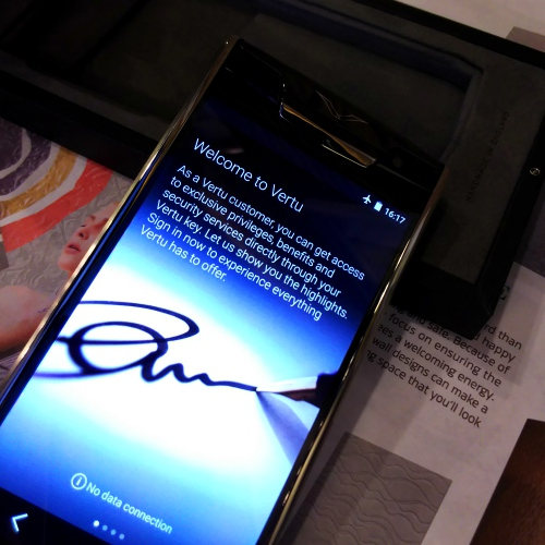 vertu-account-new-signature-touch-review-concierge-thai-store-bk-mag-free-shera