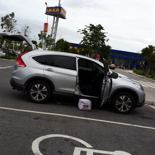 ikea-thailand-review-wheelchair-parking-disable-honda-new-crv-asahi-pillow-rain-mega-bangna