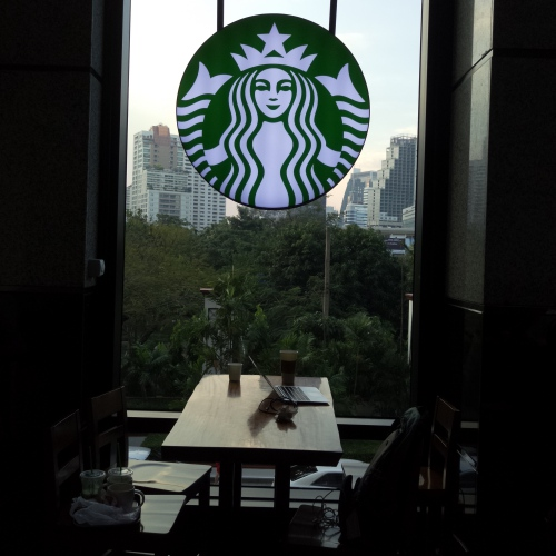 vertu-new-signature-touch-android-camera-review-thai-starbucks-office-emporium-suite