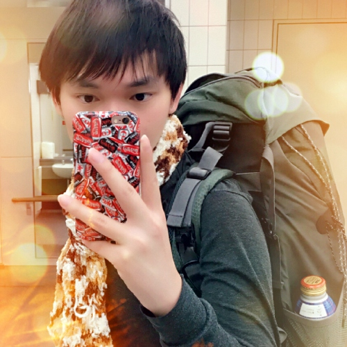 cookiecoffee-blogger-no-1-thai-backpacker-japan-selfie-iphone-8-coke-coca-cola-sponsor