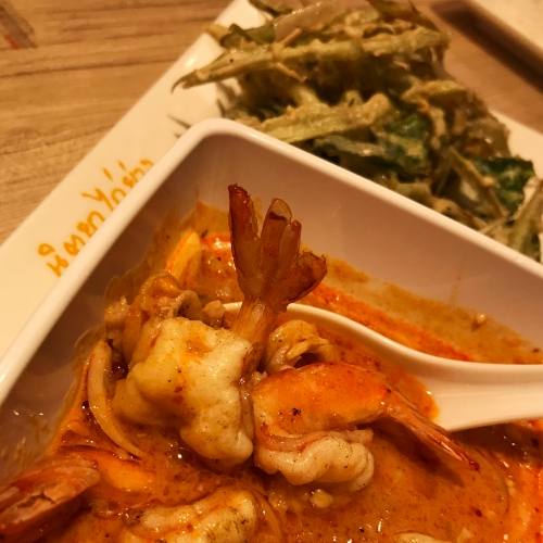 nittaya-kai-yang-review-thai-bbq-chick-somtum-thanya-park-menu-tanudsri-shrimp