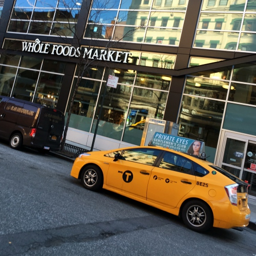 amazon-cafe-take-over-wholefoods-supermarket-uber-yellow-cab-new-york-online-shopping-grocery