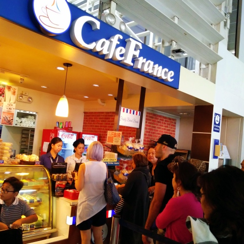 cafe-france-manila-ninoy-airport-cheat-philippines-dangerous-backpack-queue-transit