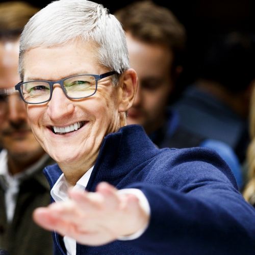 tim-cook-apple-ceo-laugh-smile-revenue-stock-price-iphone-xi-xs-drama-failed-sale-2019