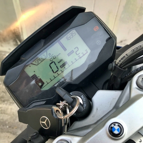 BMW-motorrad-bigbike-g310-review-digital-speed-top-mercedes-benz-key-secondhand-tent