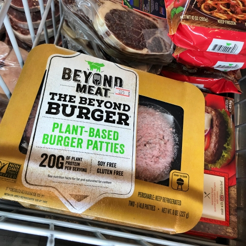 villa-market-plant-based-meats-impossible-burger-review-menu-price-beyond-vegan-gluten-mcdo