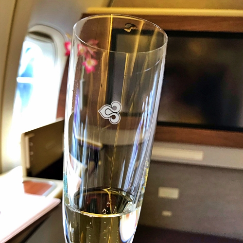 tg-thai-airways-first-class-review-747-tokyo-japan-blogger-sponsor-seat-don-perignon-champage