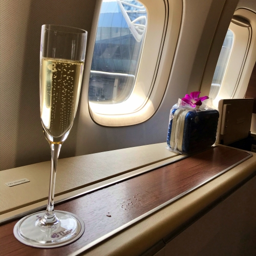 tg-thai-airways-first-class-review-747-tokyo-japan-blogger-sponsor-seat-rimowa-don-perignon-champagne